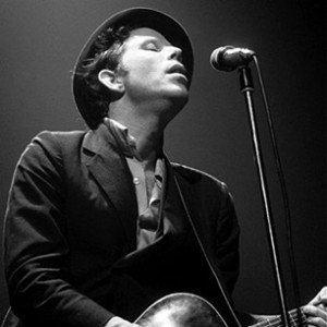 Tom Waits. A musical master of great style.